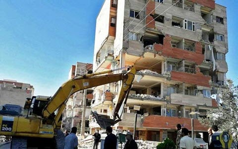 Discontent of Quake Victims in Western Iran and Their Catastrophic Situation
